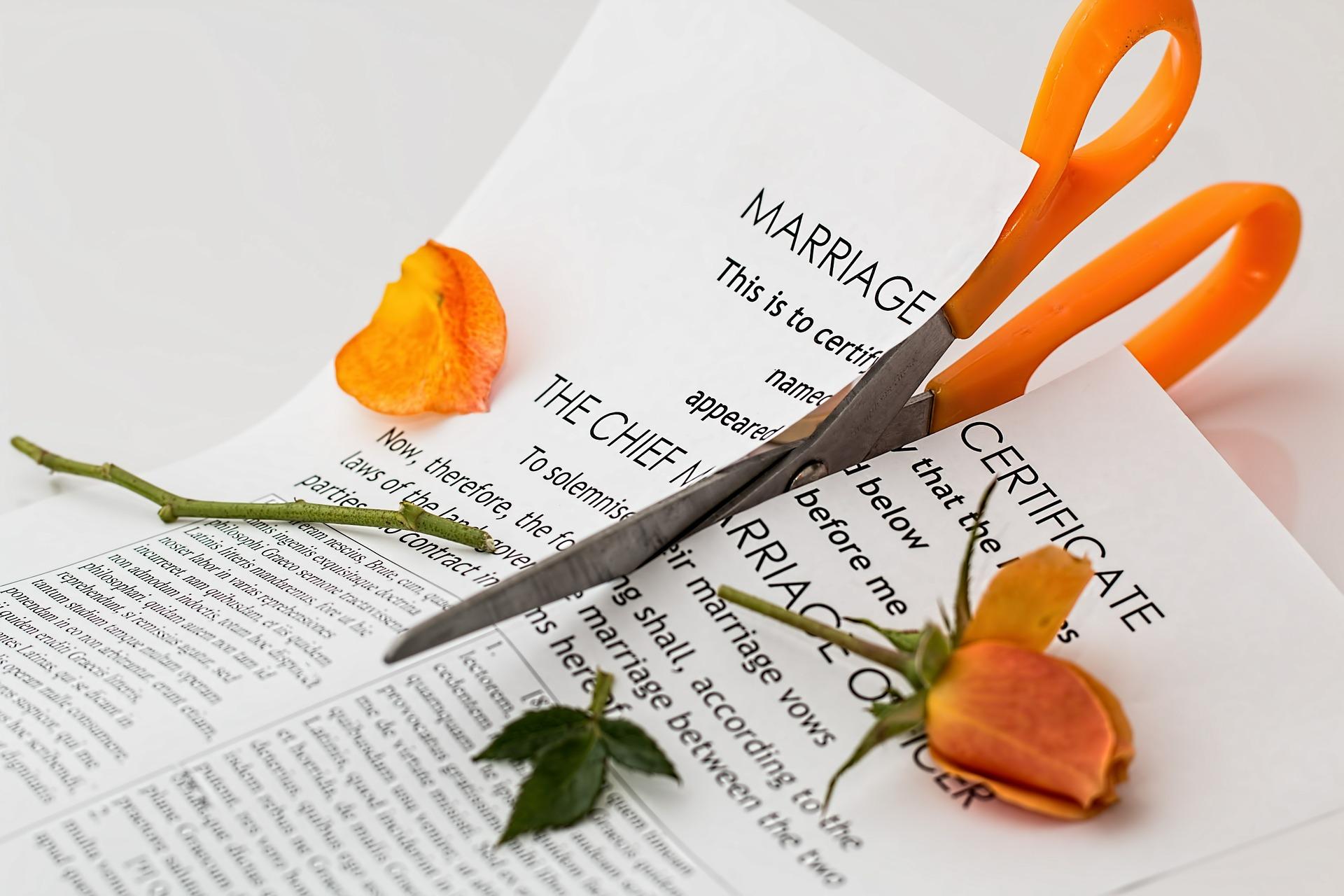 Подача заявления на расторжение брака