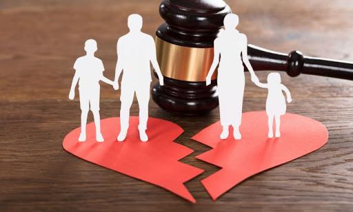 Определение места жительства ребенка в Украине: судебная практика